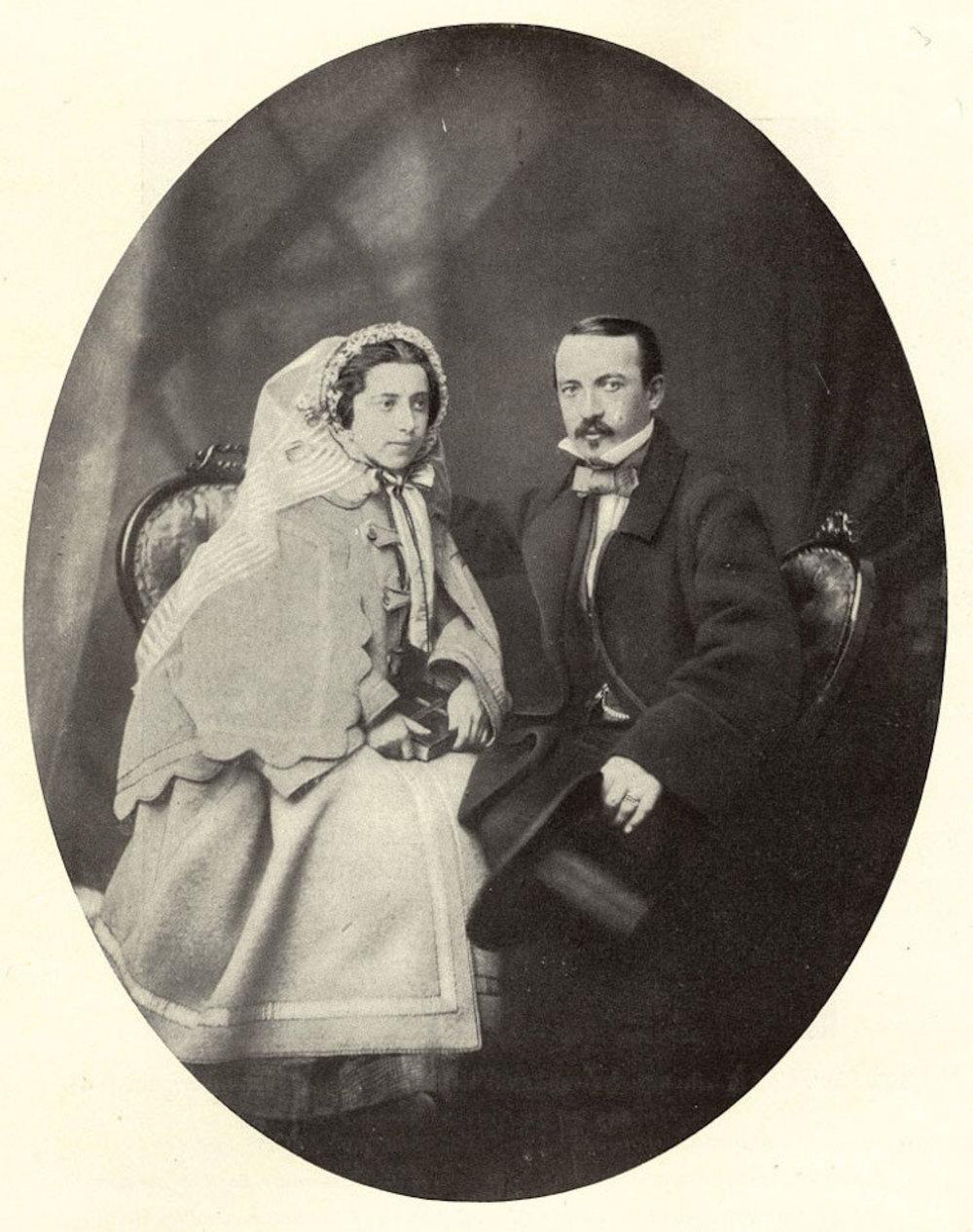 작가 믹스 다우텐다이의 아버지 칼 다우텐다이와 그의 부인