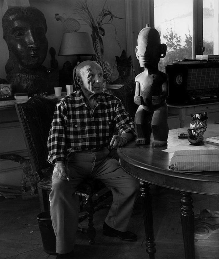 뤼시앵 클레르그(Lucian Clergue), 파블로 피카소(Pablo Piccaso)와 마르키즈 제도의 조각상